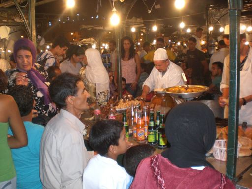 DINNER IN THE DJEMAA EL FNA SQUARE, IN MARRAKESH, PHOTO BY MARY MIMOUNA