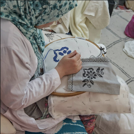 Art-Tissage-Tameslouht-Female-Embroidery-Morocco-Travel-Blog