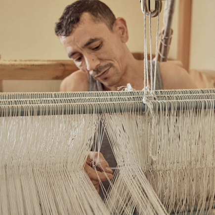 Art-Tissage-Tameslouht-Cooperative-Man-with-Loom-Morocco-Travel-Blog